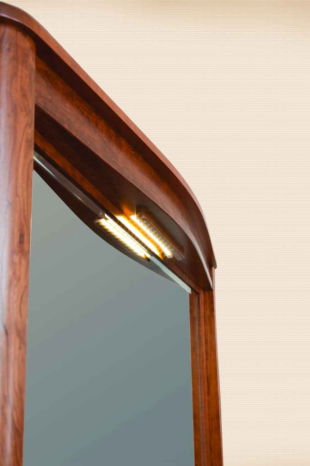 Meridian Deluxe Mirror with Touch Lighting